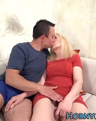 Old blonde gobbles dick and gets pounded