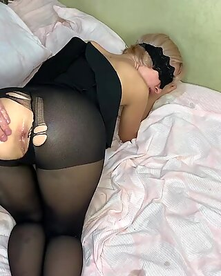 Stepfather after school roughly fucked his stepdaughter FeralBerryy in ANAL tearing her pantyhose