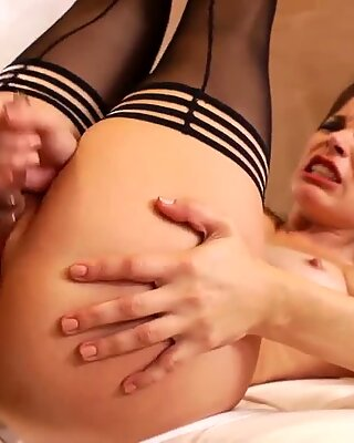 Sexy Brunette Pussy Is DRIPPING Wet As She Does ANAL!