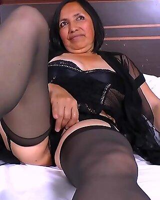 AgedLovE hottest granny Andrea gonzo Latina