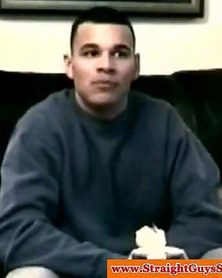 Mike Tyson lookalike receives a gay handjob