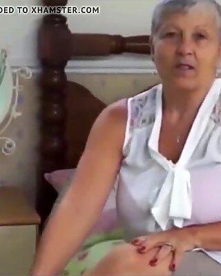 Granny in red Panties.wmv