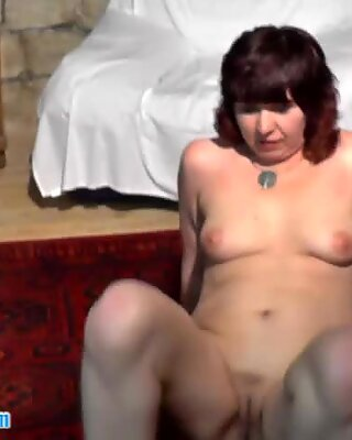 Wild czech MILF gets licked and fingered after strip