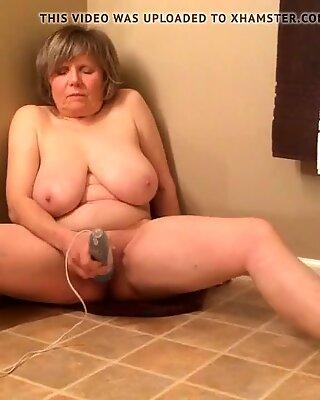 GILF has intense orgasm in only 1.5 min by MarieRocks