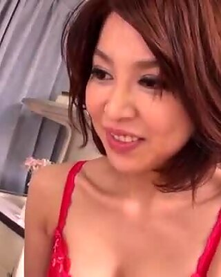 Experienced, cute and very hot MILF in practice teaches a young friend the art of Kama Sutra.
