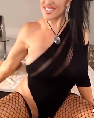 Huge Tits Babe Fucks Her Ass and Pussy