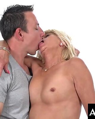 Granny Diane ride and bounce on Rob'_s young cock