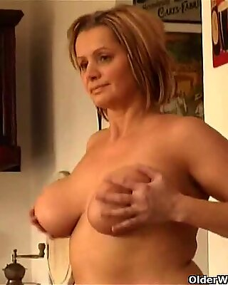 Chunky mature woman with big tits