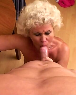 Old granny giving best blowjob with toothless chops