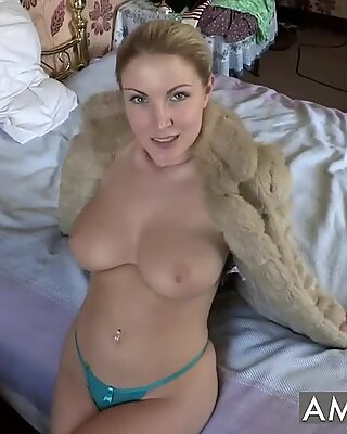 Georgie Lyall - JOI Topless Solo