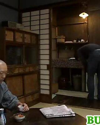 Mako with huge assets fingers cunt