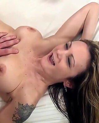 Superb slutwife takes many facials