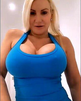 Gym bunny big tits big ass Live chat - TheSophieJames.com