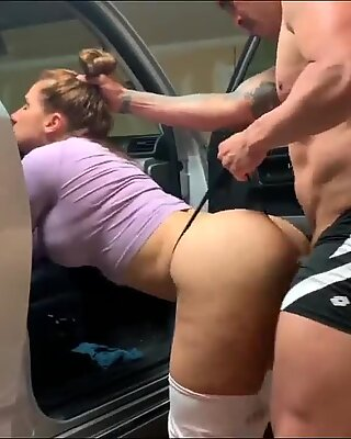 Rough Anal Sex in The Car