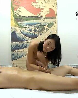 Fellow enjoys sex and massage