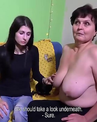 Omahunter old pussy fucked with dildo