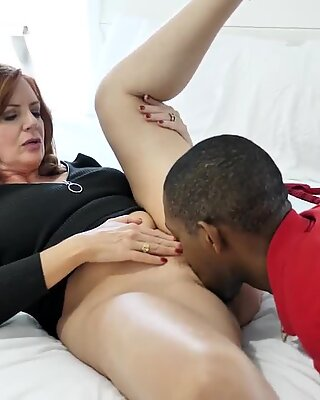 Gorgeous mature mother gargle and boink black boy