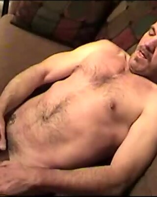 Mature Amateur Geoff Jerking Off