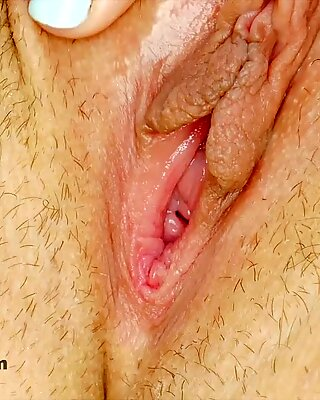 Sexy naked blonde shows perfect body in 4K Closeup