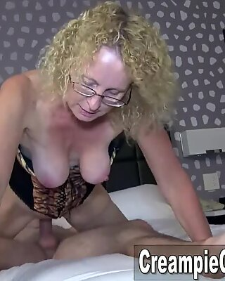 young dude Creampies mummy