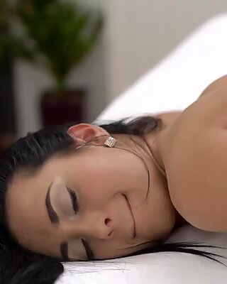 Very old grandma first time Hot orgy after a super-steamy bath - Jasmine Black